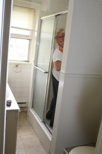 Grandma cleaned the bathroom.